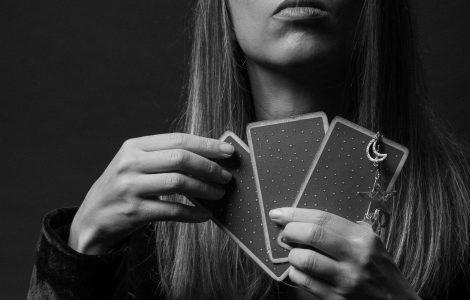 tarot e astrologia eletiva
